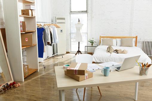 Small Office「Design studio」:スマホ壁紙(4)
