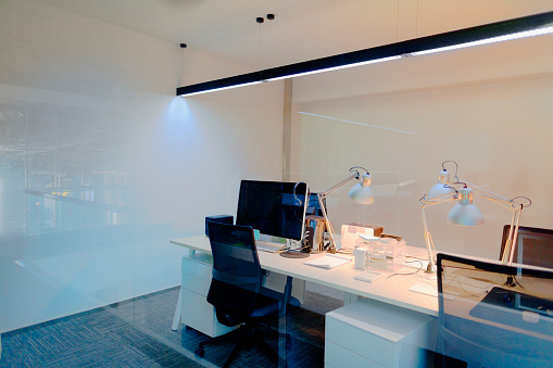Desk Lamp「Design studio office with computers and desk lamps」:スマホ壁紙(14)