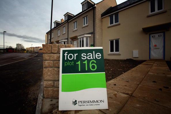 柿「UK's Biggest Housebuilder Postpones Start On New Homes As Sales Slump」:写真・画像(0)[壁紙.com]