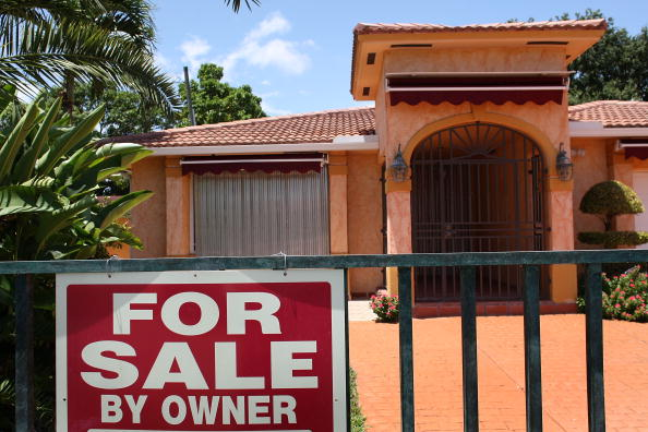 For Sale「Mortgage Crisis Rattles Global Financial System」:写真・画像(16)[壁紙.com]
