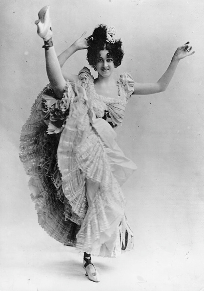 Smiling「Can-Can Dancer」:写真・画像(11)[壁紙.com]