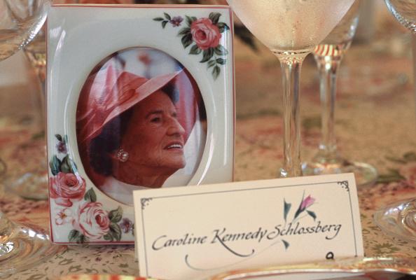 Place Setting「Rose Kennedy Centenary」:写真・画像(6)[壁紙.com]