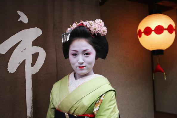 茶室「Weblog Opens Up The World Of Maiko Or Young Geisha」:写真・画像(12)[壁紙.com]