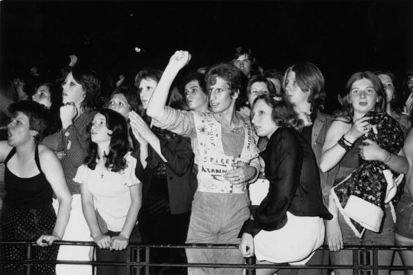 Hammersmith「Ziggy Stardust Fans」:写真・画像(4)[壁紙.com]
