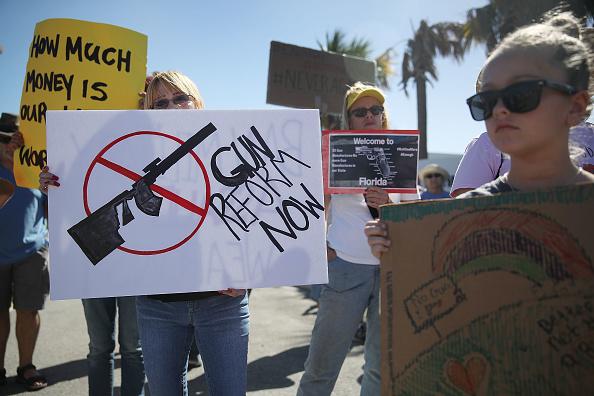 Gun「Protestors Rally Against New AK-47 Manufacturer In Broward County Florida」:写真・画像(17)[壁紙.com]