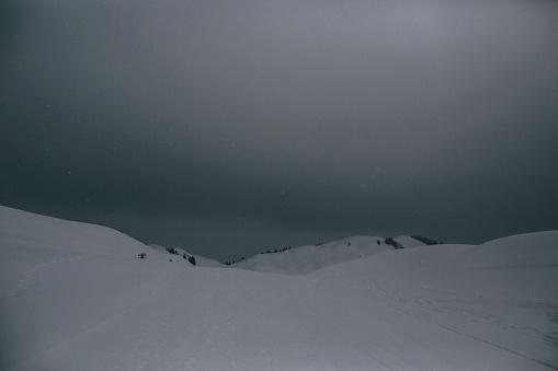 北チロル「Austria, Kitzbuehel, Kitzbuehel Horn, winter landscape」:スマホ壁紙(8)