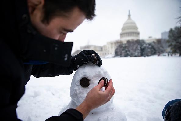 雪だるま「Heavy Snow Blankets Washington DC」:写真・画像(14)[壁紙.com]