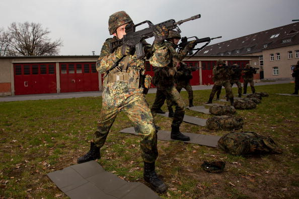 Simplicity「Germany To Shorten Military Service」:写真・画像(17)[壁紙.com]