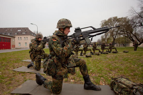 Simplicity「Germany To Shorten Military Service」:写真・画像(13)[壁紙.com]