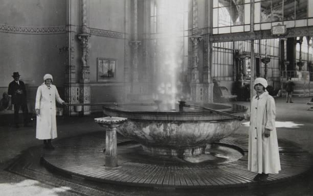 Carlsbad. Soda. 1935. Photograph.:ニュース(壁紙.com)