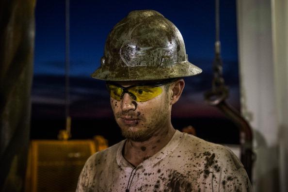 Shale「Oil Boom Shifts The Landscape Of Rural North Dakota」:写真・画像(10)[壁紙.com]