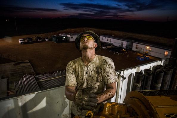 Shale「Oil Boom Shifts The Landscape Of Rural North Dakota」:写真・画像(6)[壁紙.com]