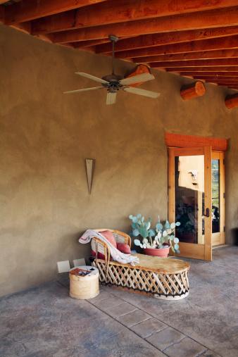 Ceiling Fan「Canada, British Columbia, Okanagan Falls, Porch of southwest style home」:スマホ壁紙(14)