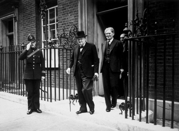 Guarding「Winston Churchill」:写真・画像(1)[壁紙.com]