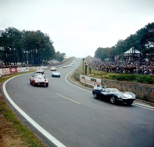 ルマン24時間レース「Le Mans 24 Hours」:写真・画像(1)[壁紙.com]
