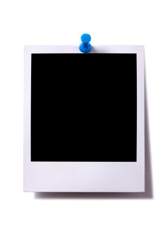 Photography Themes「Blank instant camera photo print with pushpin」:スマホ壁紙(7)