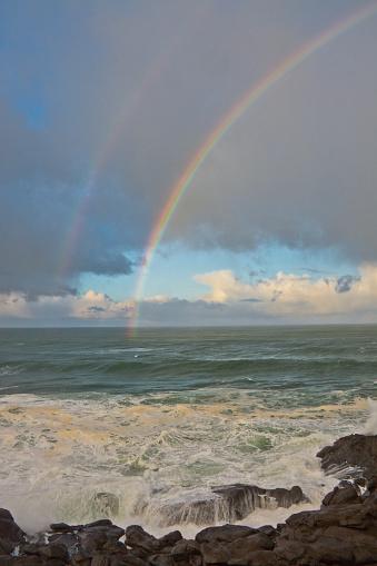 虹「Double Rainbow in early morning, Depoe Bay, Oregon, USA」:スマホ壁紙(19)