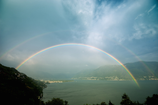 Double Rainbow「Double Rainbow over Lake Maggiore, Switzerland」:スマホ壁紙(10)