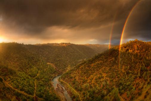 アメリカン川「Double Rainbow over American River」:スマホ壁紙(6)