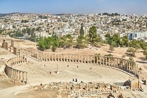 The Oval Piazza「The Oval Plaza of the ancient city of Jerash」:スマホ壁紙(9)