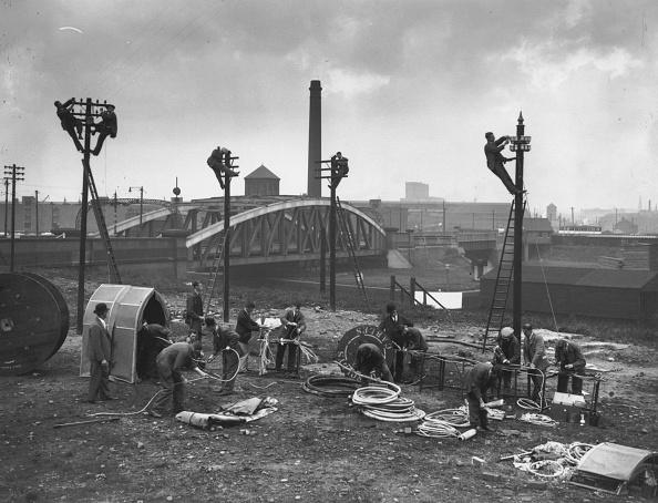 Old Trafford「Pole Climbing」:写真・画像(12)[壁紙.com]