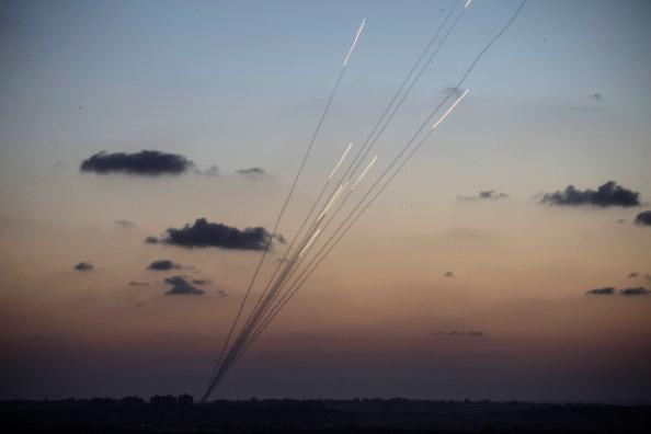 Gaza Strip「Tensions Remain High At Israeli Gaza Border」:写真・画像(9)[壁紙.com]