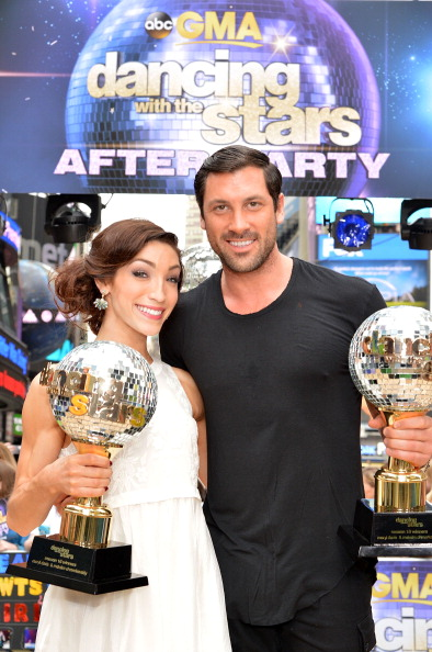 "Visit「""Dancing With The Stars"" Season 18 Finalists Visit ABC's ""Good Morning America""」:写真・画像(4)[壁紙.com]"