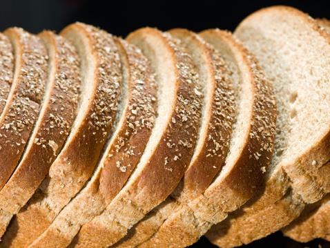 Loaf of Bread「Loafs of multigrain bread in a row」:スマホ壁紙(14)