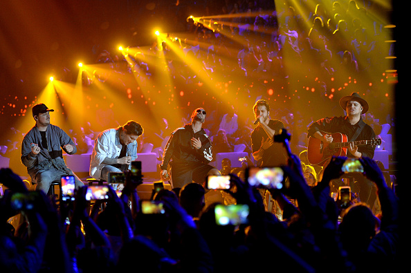 """Premios Juventud Awards「Univision's """"Premios Juventud"""" 2017 Celebrates The Hottest Musical Artists And Young Latinos Change-Makers - Show」:写真・画像(9)[壁紙.com]"""