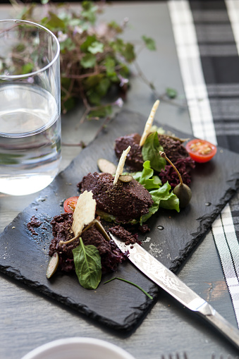 Tapenade「Olive tapenade starter with glass of water」:スマホ壁紙(16)