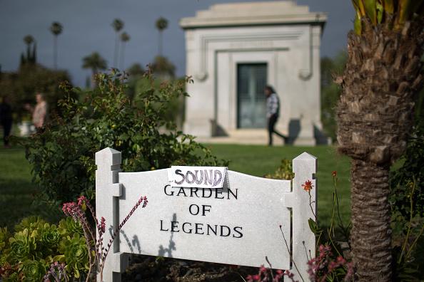 Hollywood - California「Chris Cornell Funeral Service」:写真・画像(10)[壁紙.com]