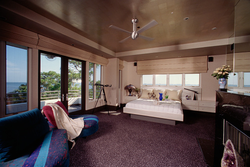 Ceiling Fan「Master suite and sitting room overlooking bay」:スマホ壁紙(7)