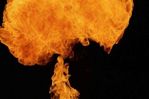 Fireball「Fire explosion in shape of mushroom」:スマホ壁紙(7)