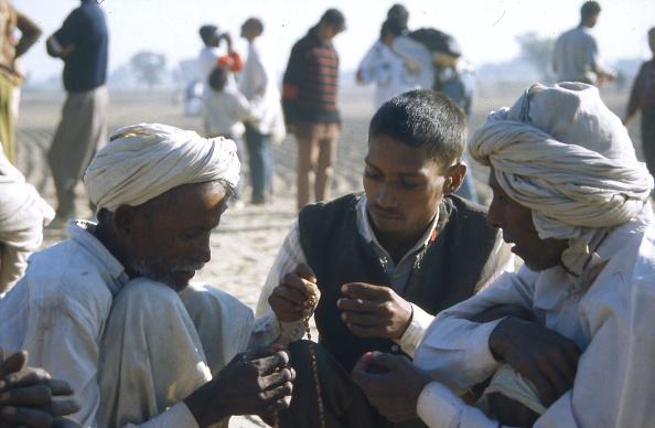 Rajasthan「Praying During A Solar Eclipse」:写真・画像(12)[壁紙.com]