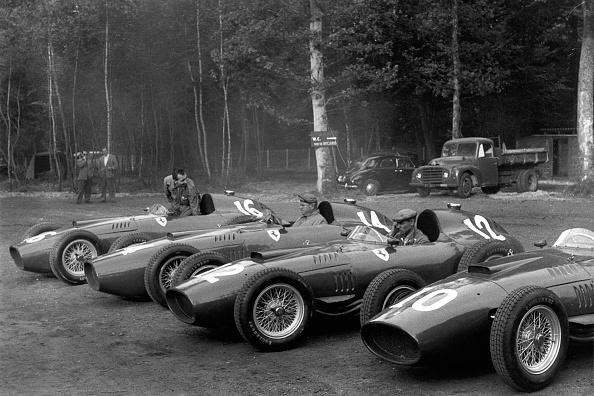 Mechanic「Ferrari 801, Grand Prix of France」:写真・画像(7)[壁紙.com]