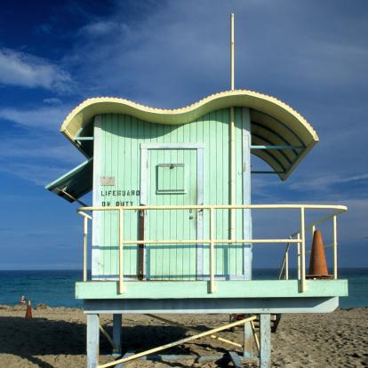 Miami Beach「Art deco lifeguard station, Miami, South Beach, FL」:スマホ壁紙(14)