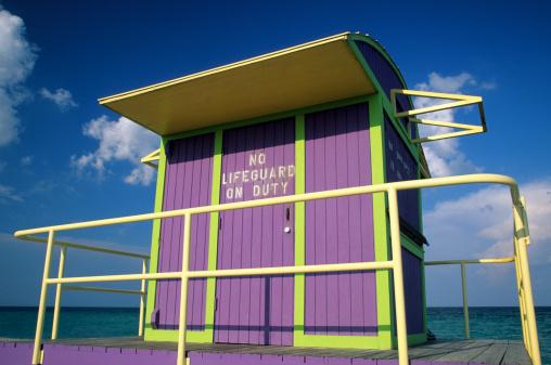 Miami Beach「Art deco lifeguard station, South Beach, Miami, FL」:スマホ壁紙(5)