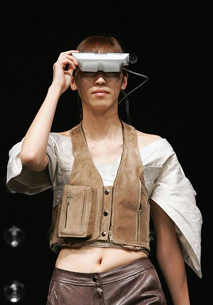 Ubiquitous Fashionable Computer Fashion Show Takes Place In Seoul:ニュース(壁紙.com)