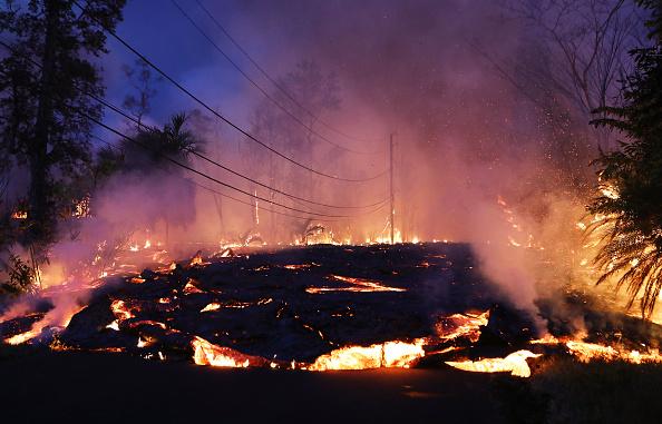 Hawaii Islands「Hawaii's Kilauea Volcano Erupts Forcing Evacuations」:写真・画像(3)[壁紙.com]