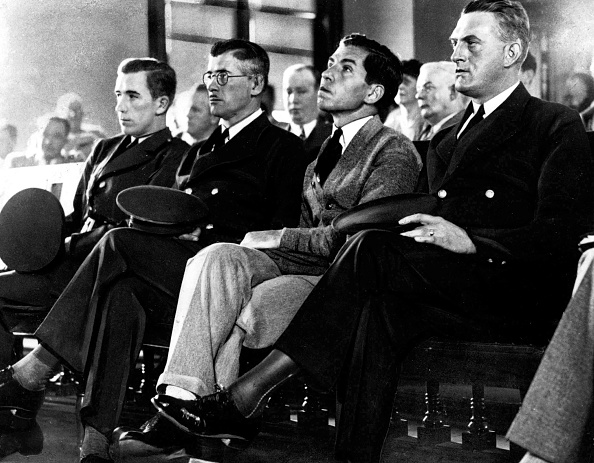 Sicily「Salvatore Lucania, called Lucky Luciano (1897-1962), gangster of sicilian mafia on august 25, 1936, in New York during his trial, in courtroom between two guards」:写真・画像(9)[壁紙.com]