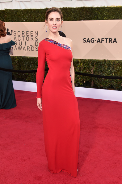 Alison Brie「24th Annual Screen Actors Guild Awards - Arrivals」:写真・画像(10)[壁紙.com]