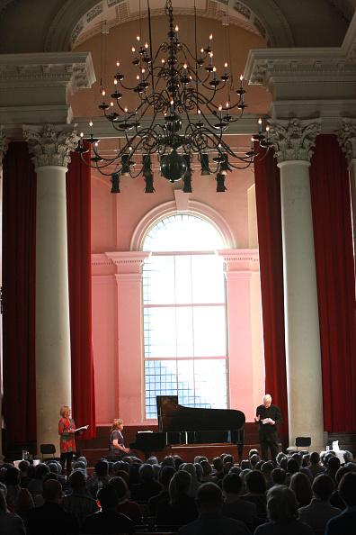 Smith Square「Composers In Love At St John's Smith Square」:写真・画像(15)[壁紙.com]