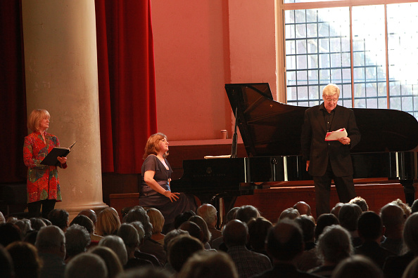 Martin Jarvis「Composers In Love At St John's Smith Square」:写真・画像(1)[壁紙.com]