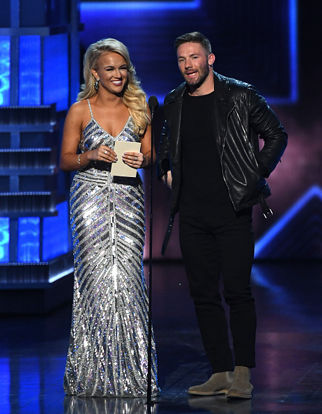 New England Patriots「52nd Academy Of Country Music Awards - Show」:写真・画像(15)[壁紙.com]
