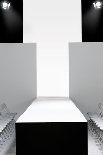 Catwalk - Stage「Fashion show and empty catwalk」:スマホ壁紙(6)