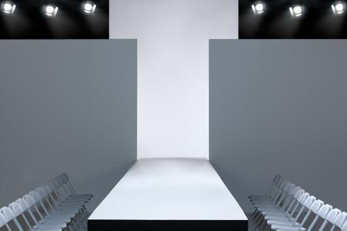 Catwalk - Stage「Fashion show and empty catwalk」:スマホ壁紙(0)