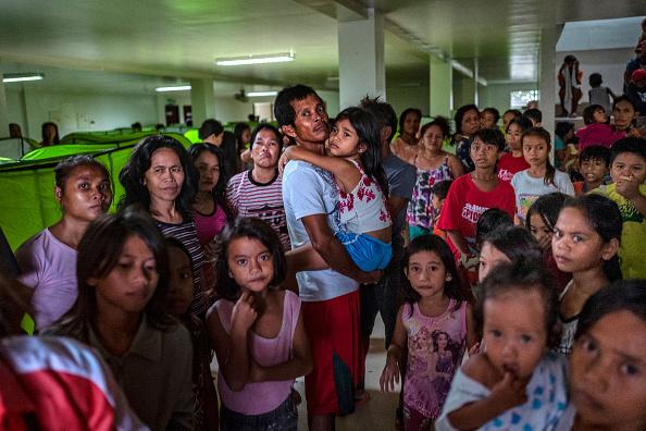Ezra Acayan「Typhoon Kammuri Hits The Philippines」:写真・画像(6)[壁紙.com]