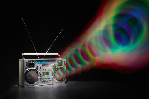 Displeased「Colored Waves from Boom Box」:スマホ壁紙(19)