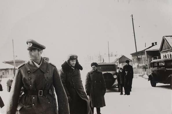 Surrendering「World War II - Battle of Stalingrad」:写真・画像(7)[壁紙.com]