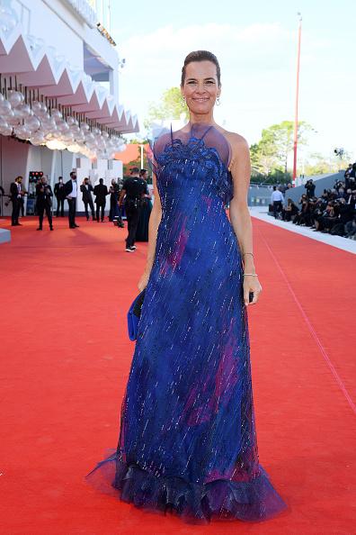 "77th Venice Film Festival「""Lacci"" Red Carpet And Opening Ceremony Red Carpet Arrivals - The 77th Venice Film Festival」:写真・画像(6)[壁紙.com]"